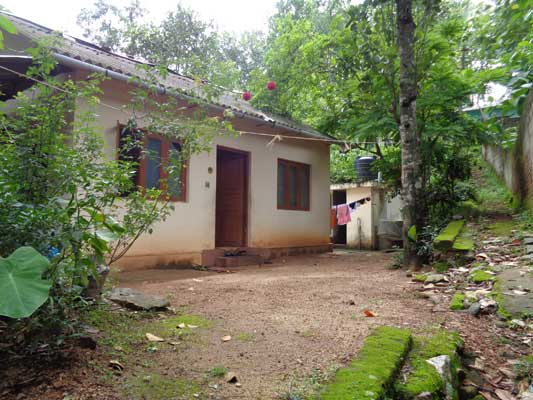Residential land with old House for sale Malayinkeezhu Trivandrum Kerala