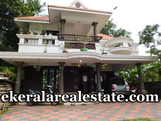 2500-sq-ft-traditional-house-sale-in-Kunnapuzha